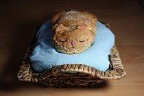 Chléb dodnes patří k základním potravinám. Jeho podoby můžou být různé.