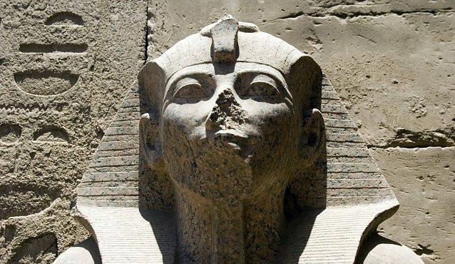 Na černém trhu se dal sehnat egyptský sarkofág ze 16. století př. n. l.