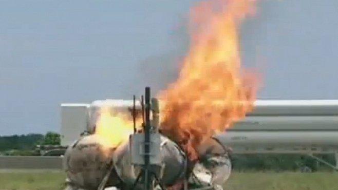 VIDEO: Pád, exploze, požár. Tak dopadl nejmodernější přistávací modul NASA