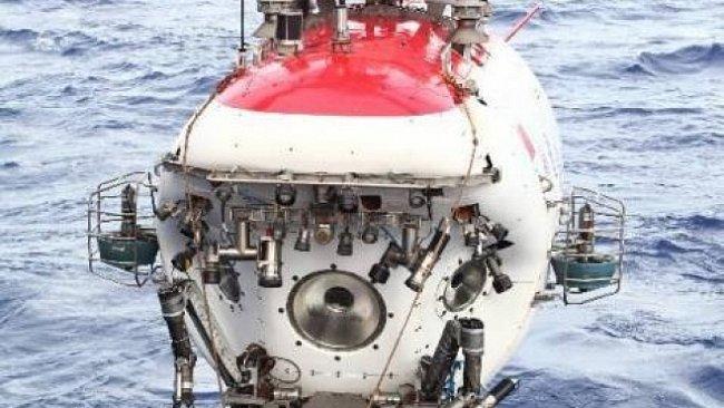 Čínská ponorka překonala národní rekord. Potopila se 7 000 metrů pod hladinu moře