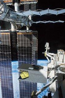 Najdete na fotografii astronauta?