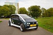 Lina je automobilem budoucnosti. Lehký a efektivní vůz vyrobený za použití rostlin.