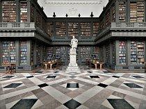 Knihovna Codrington je součástí Oxfordské univerzity a mají do ní přístup všichni členové univerzity. Nicholas Hawksmoor s jejím návrhem začal v roce 1716. Obsahuje kolem 185 000 knih a rukopisů, které lákají odborníky z celého světa.