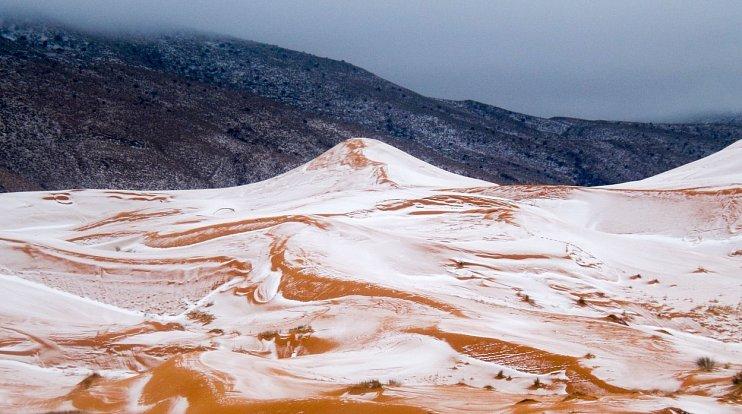 Sníh napadl na Sahaře poprvé po 37 letech.