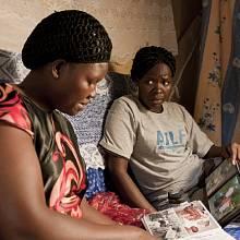Mezi dětskými vojáky jsou i dívky, Uganda