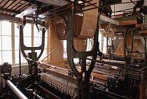 Tkalcovství má ve Strmilově bohatou historii, která sahá až do 17. století.