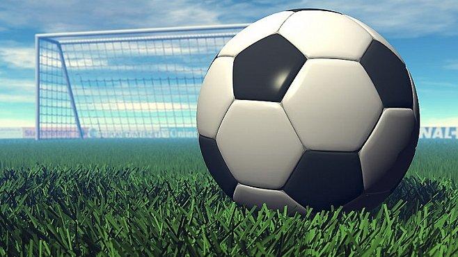 INFOGRAFIKA: Dějiny fotbalového míče. Od prasečího měchýře po supermateriály