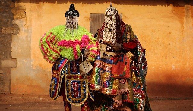 Tajemné voodoo v Beninu. Nehledejte černou magii ani čarodějnictví