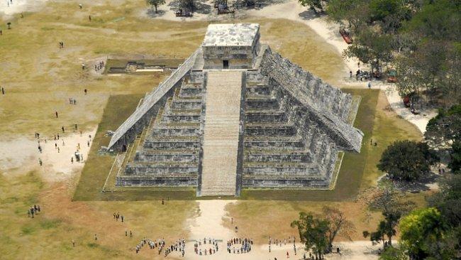Archeologové objevili obří přehradu starých Mayů. Naplnila by 25 bazénů