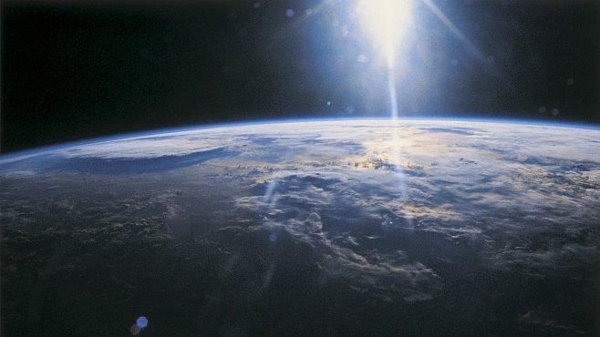 Jak ochladit Zemi? Třeba rozháněním mraků mořskou vodou