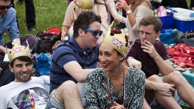 Oslavy 60. let královny Alžběty na trůnu začaly na dostizích