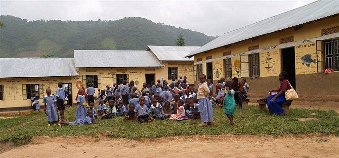 Soukromá základní škola vBuhoma má oproti státním školám výrazně méně dětí ve třídách.
