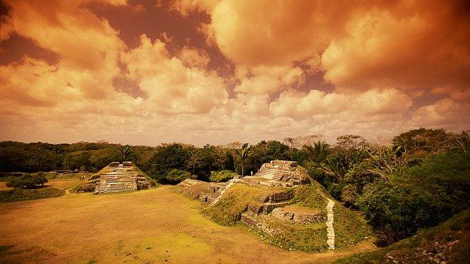 Mayové přežili tvrdý život v tropickém ráji také díky halucinogenům, agávovým červům nebo želvám