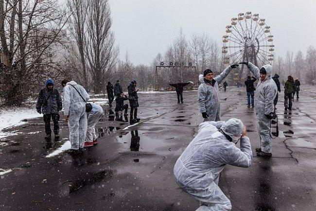 Zábavní park, jehož otevření bylo naplánováno na 1. máj – pět dní po explozi – se stal novým druhem atrakce.