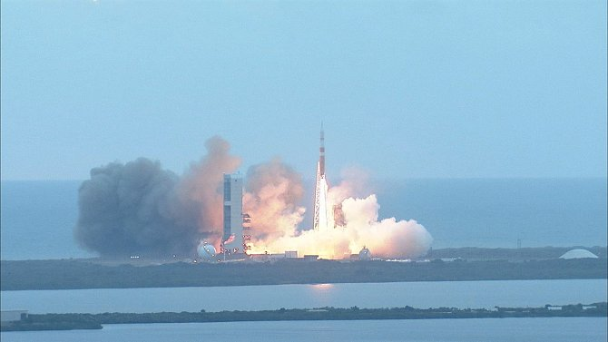Orion zahajuje svou misi na Mars