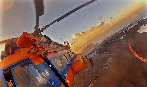 Interaktivní 360° VIDEO: Proleťte se nad aktivním vulkánem. Nikdy nic takového asi už nezažijete
