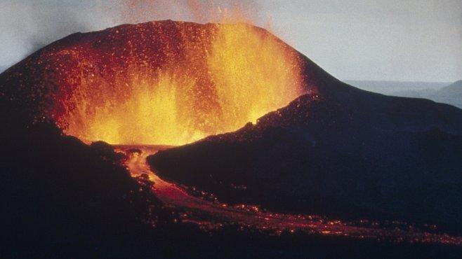 Dřímající hrozba supervulkánů: dokážeme konečně předpovědět erupci?