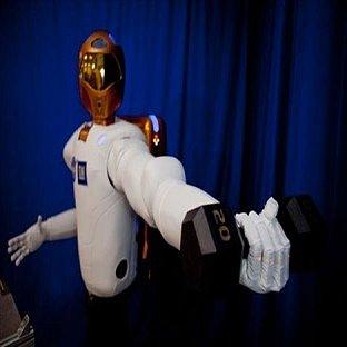 Robonaut 2 má dobýt vesmír
