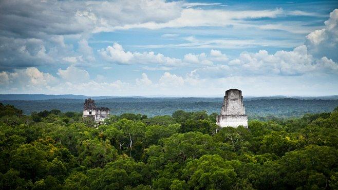 Nejstarší mayská hrobka byla objevena v Guatemale. Co ukrývala?