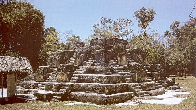 Vykopávky v Nakumu odhalily mayský královský hrob