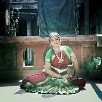 Tradičnímu indickému tanci Bharatanátyam se Teja věnuje už od sedmi let.