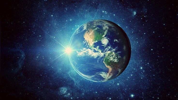 Země, slunce a galaxie