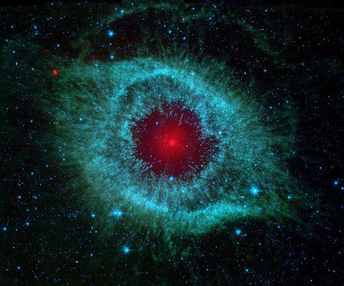 Oko ve vesmíru (mlhovina Helix)