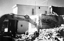 V 80. letech byla zbourána většina domů. Z bezpečnostních důvodů - hrozilo totiž jejich zhroucení.