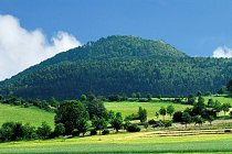 Pohled na vrchol hory Luž