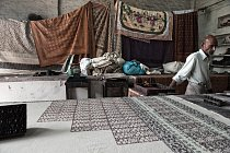Pro Džajpur se stalo typické používání dřevěných tiskátek různých tvarů a velikostí – tzv. bunt.