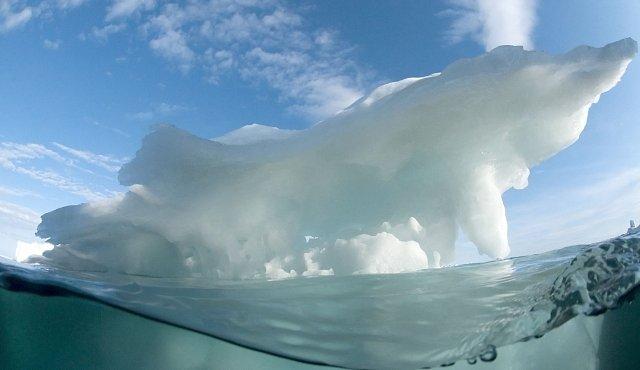 Poslechněte si zpěv zamrzlého Černého moře