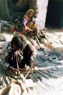 Polokočovní kováři - Gadulia Lohare, příbuzní současných Romů, Udaipur- Radžastán ( Indie), 2002.