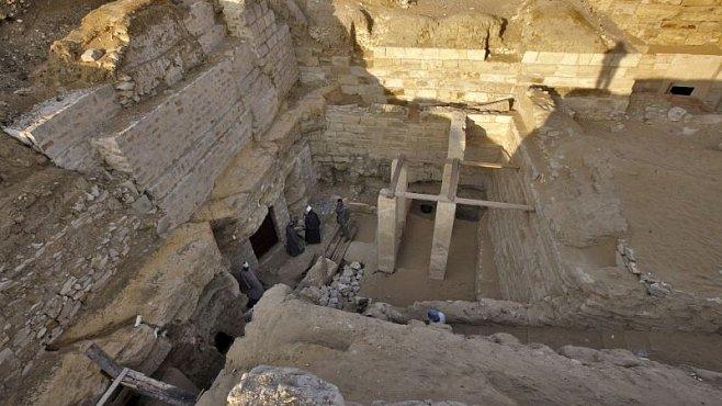 Úspěch egyptologů v Abúsíru: Výjimečnný nález hrobu staroegyptské princezny