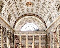Biblioteca Palatina, Parma, Itálie: V roce 2012 zde vypukl požár, ale většina pozoruhodných fondů zůstala ušetřena. Mezi 708 000 díly knihovna uchovává i originální dopisy Galilea Galieliho, Niccolò Machiavelliho, Martina Luthera a Giuseppe Verdiho.