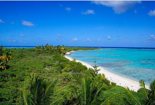 Ostrov Henderson.