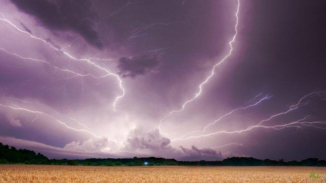 Letní bouřky: 10 hloupých chyb, které vás mohou zabít