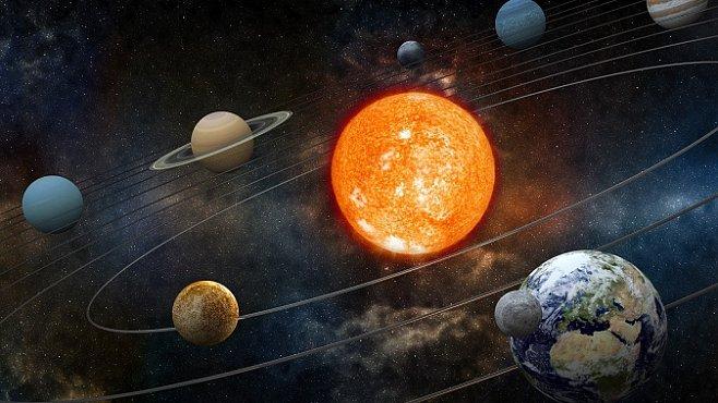 A přece se netočí! Země přece jen neobíhá výlučně Slunce