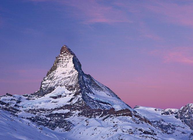 Pohled na ikonický Matterhorn