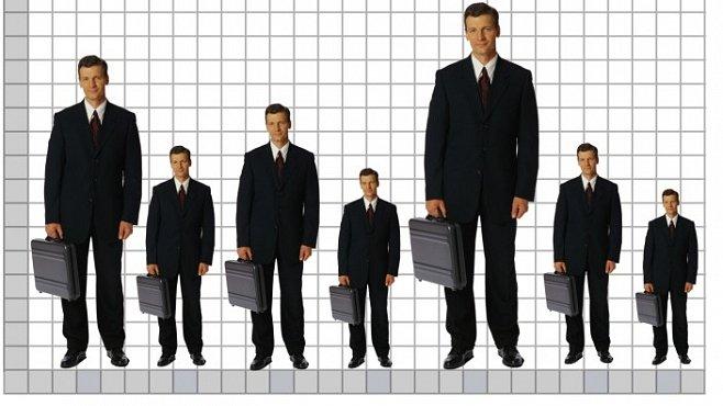 Mocní lidé se považují za vyšší než jsou, dokázal výzkum