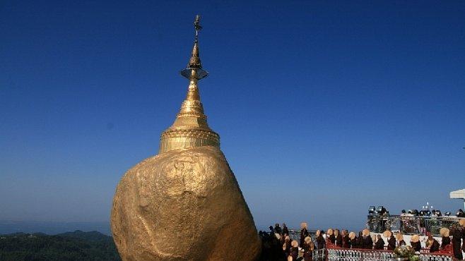 Víte, co dělá průvodkyně, když v Barmě ztratí 6 500 dolarů na celý zájezd?