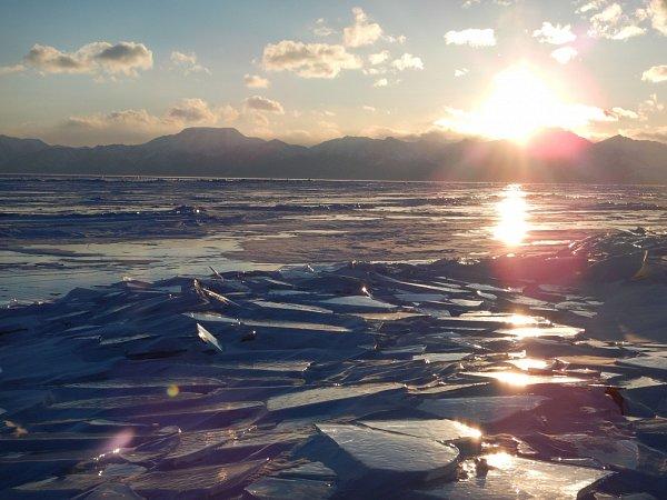 Ačkoli je Mongolsko spíše spojováno shorkým a suchým prostředím pouště Gobi, poskytuje skvělé podmínky právě polárním výpravám.
