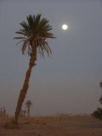 Největší nepříjemností jsou pouštní bouře