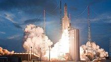 NG zve do zákulisí: Jak se vypravují družice na dráhu kolem Země?