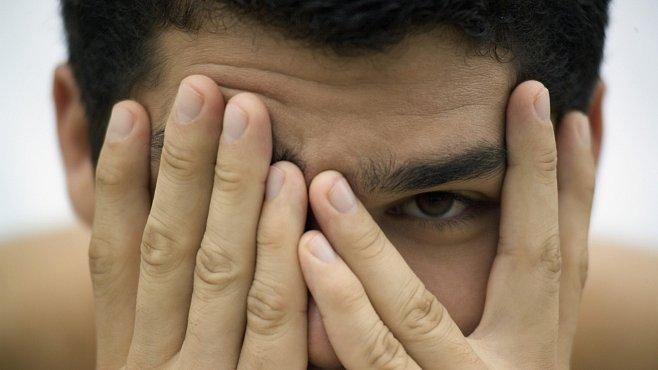 Lidé s hnědýma očima jsou vnímáni jako důvěryhodnější. Tvrdí to nedávný výzkum
