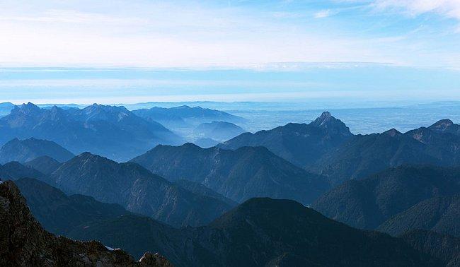 Odtud je možno pozorovat hory ve třech státech najednou.