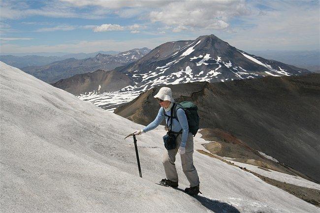 Závěrečný výstup byl strmý, ale v jen mírně rozměklém sněhu se nám stoupalo skvěle.