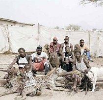 Vůdci hyen, Abuja, Nigérie 2005.