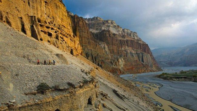 Tajemné jeskyně království Mustang v Nepálu. EXKLUZIVNĚ PRO NG