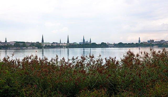 Díky Hamburku leží i Česká republika u moře.