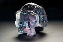 Replika 1,9 milionu let staré lebky Homo habilis vyrobená z polymerové pryskyřice vzniká v průběhu 15 hodin v 3D tiskárně.